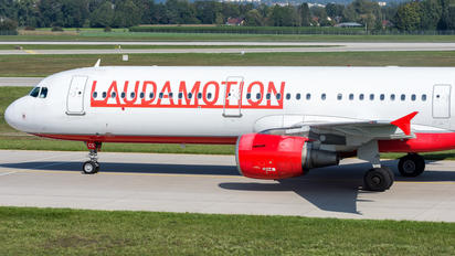 OE-LCS - LaudaMotion Airbus A321