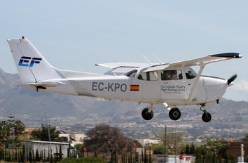 EC-KPO - European Flight Service Cessna 172 Skyhawk (all models except RG)