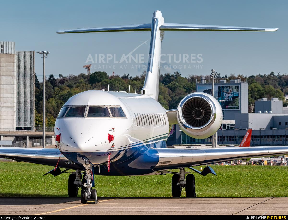 Private M-GLEX aircraft at Zurich