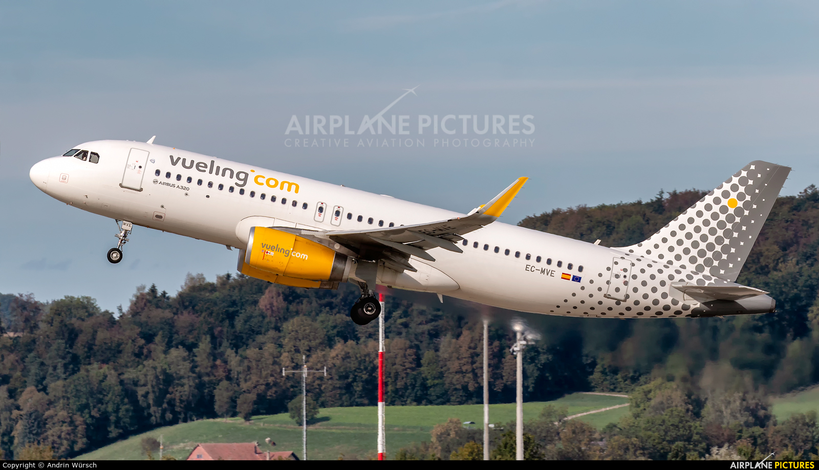 Vueling Airlines EC-MVE aircraft at Zurich