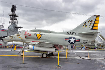 154977 - USA - Navy Douglas A-4 Skyhawk (all models)