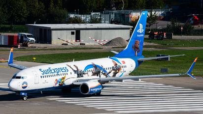 TC-SNN - SunExpress Boeing 737-800