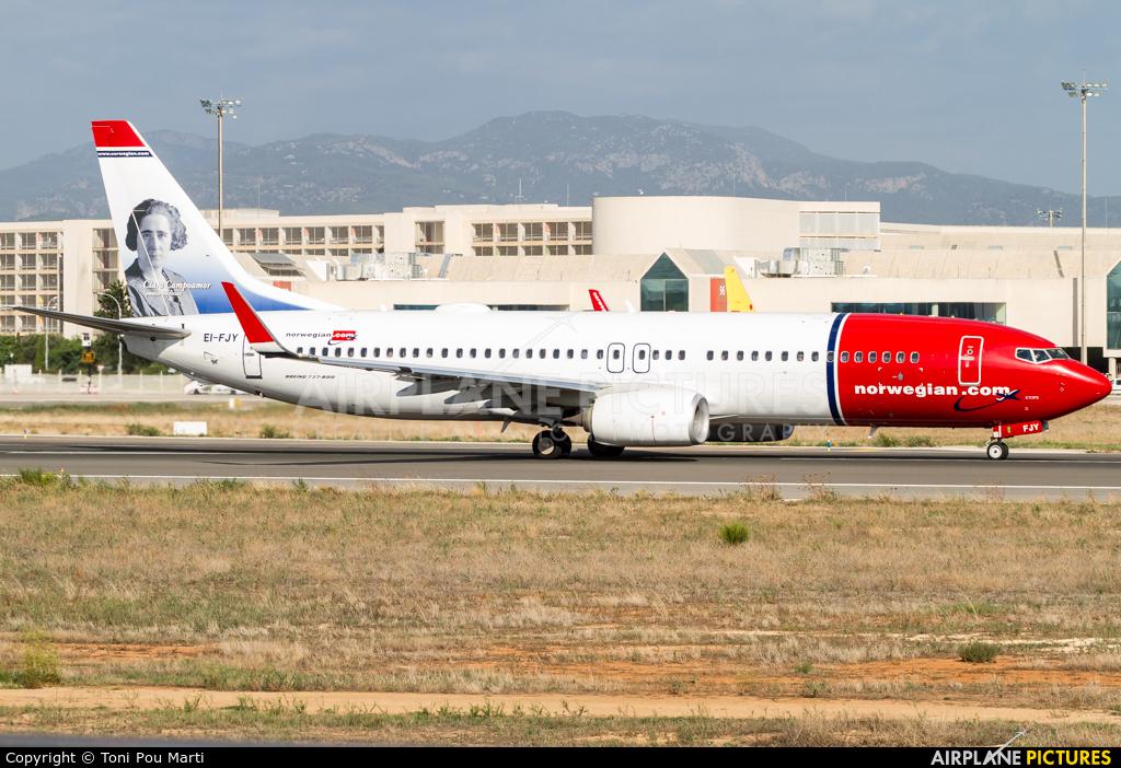 Norwegian Air International EI-FJY aircraft at Palma de Mallorca