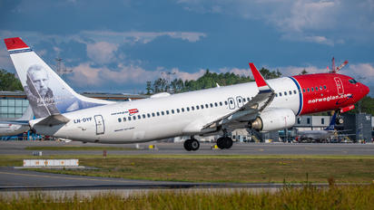LN-DYF - Norwegian Air Shuttle Boeing 737-800