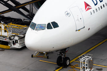 N861NW - Delta Air Lines Airbus A330-200