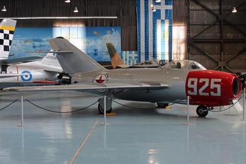 301 - Poland - Air Force Mikoyan-Gurevich MiG-15bis