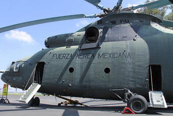 1902 - Mexico - Air Force Mil Mi-26