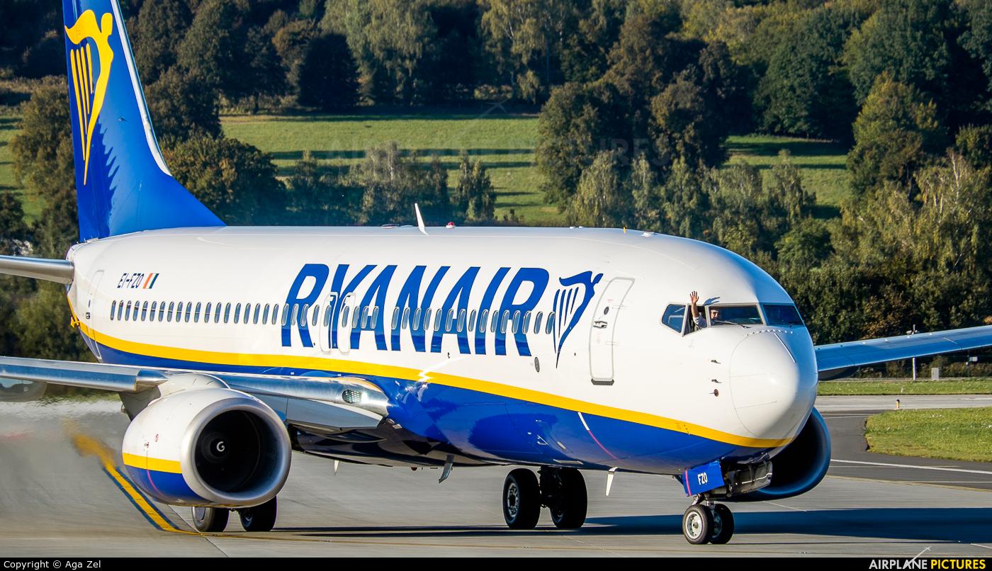 Ryanair EI-FZO aircraft at Kraków - John Paul II Intl