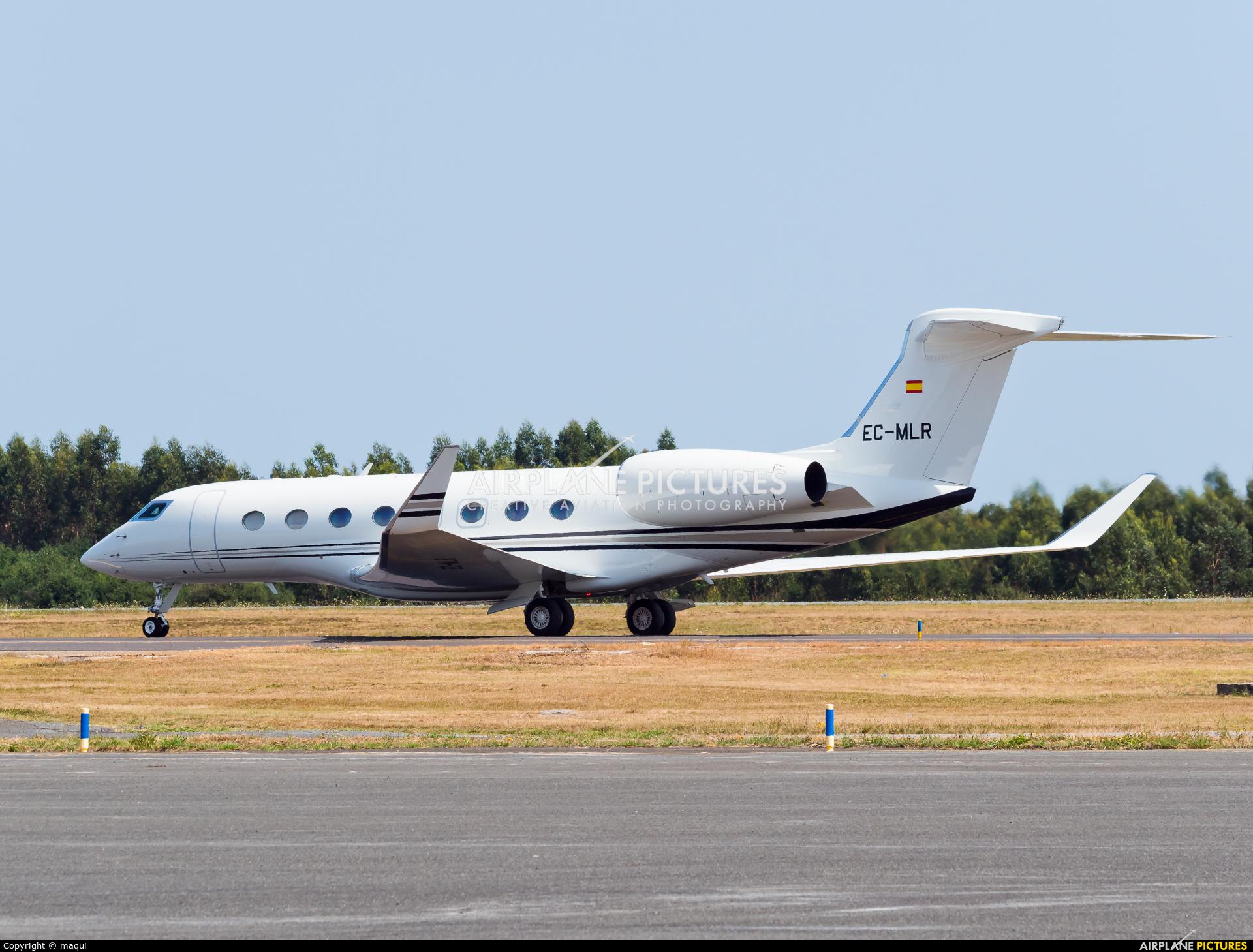Gestair EC-MLR aircraft at Santiago de Compostela