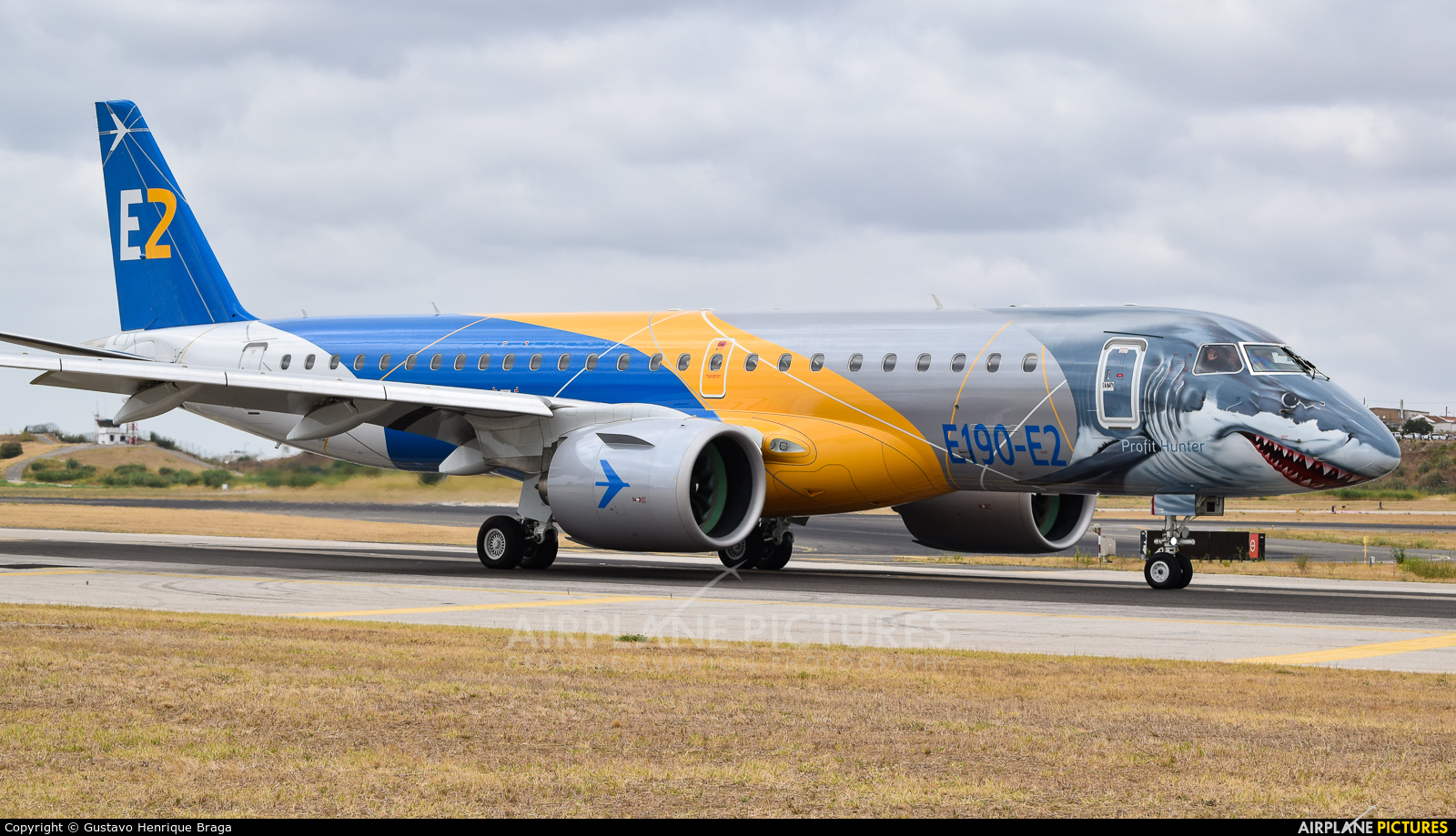 Embraer PR-ZGQ aircraft at Lisbon