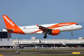 OE-IVH - easyJet Europe Airbus A320