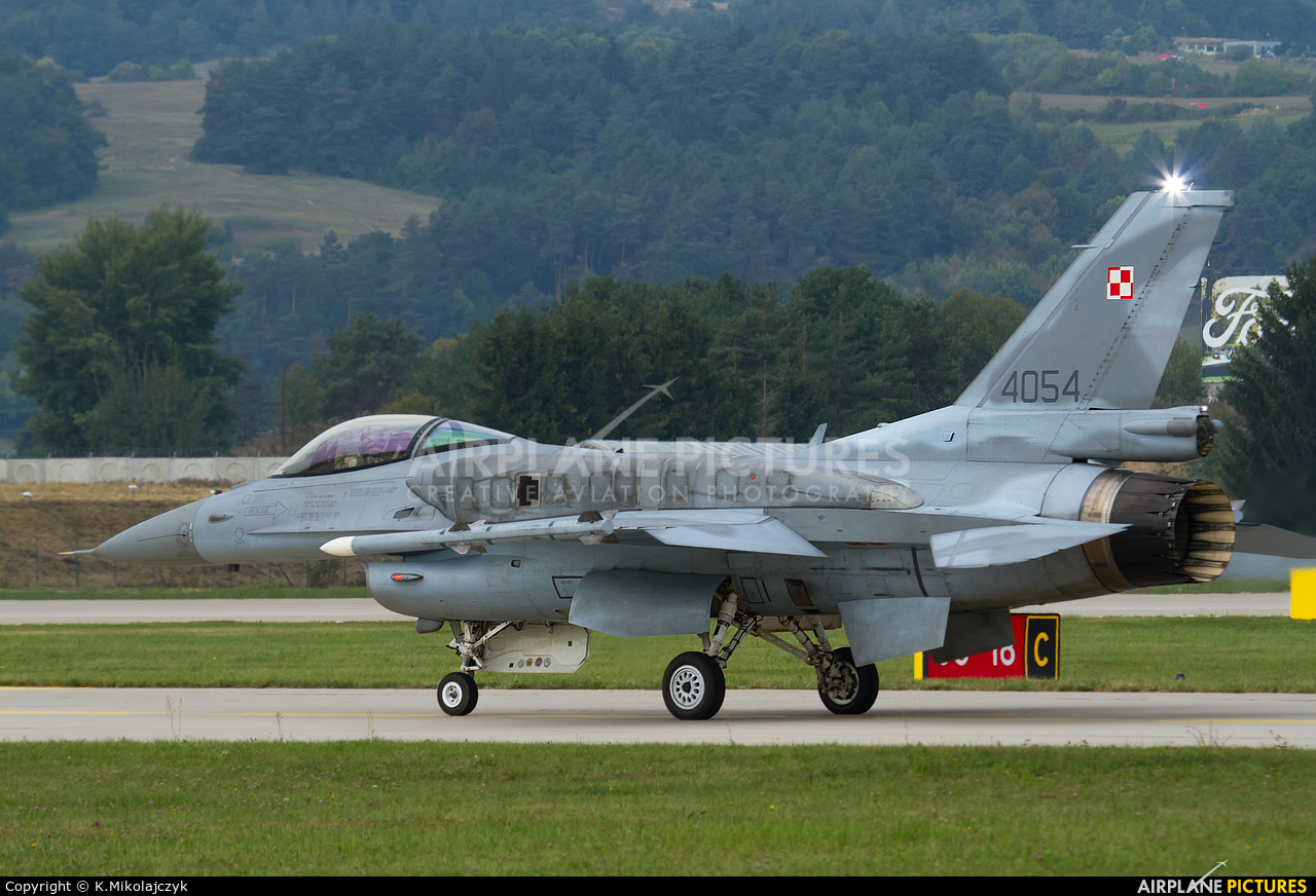 Poland - Air Force 4054 aircraft at Sliač
