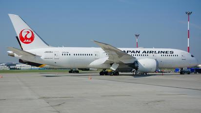 JA838J - JAL - Japan Airlines Boeing 787-8 Dreamliner