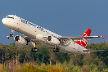 TC-JRS - Turkish Airlines Airbus A321