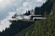 J-4201 - Private Hawker Hunter T.68 aircraft