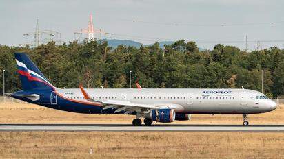 VP-BAZ - Aeroflot Airbus A321