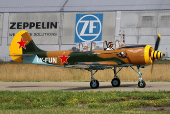 LY-FUN - Private Yakovlev Yak-52