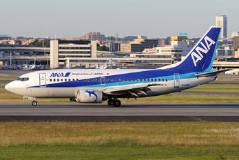 JA304K - ANA Wings Boeing 737-500