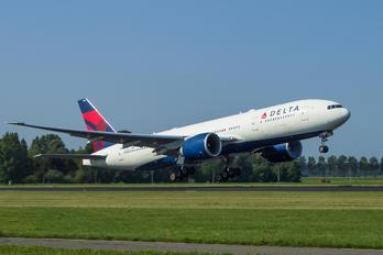 N701DN - Delta Air Lines Boeing 777-200LR