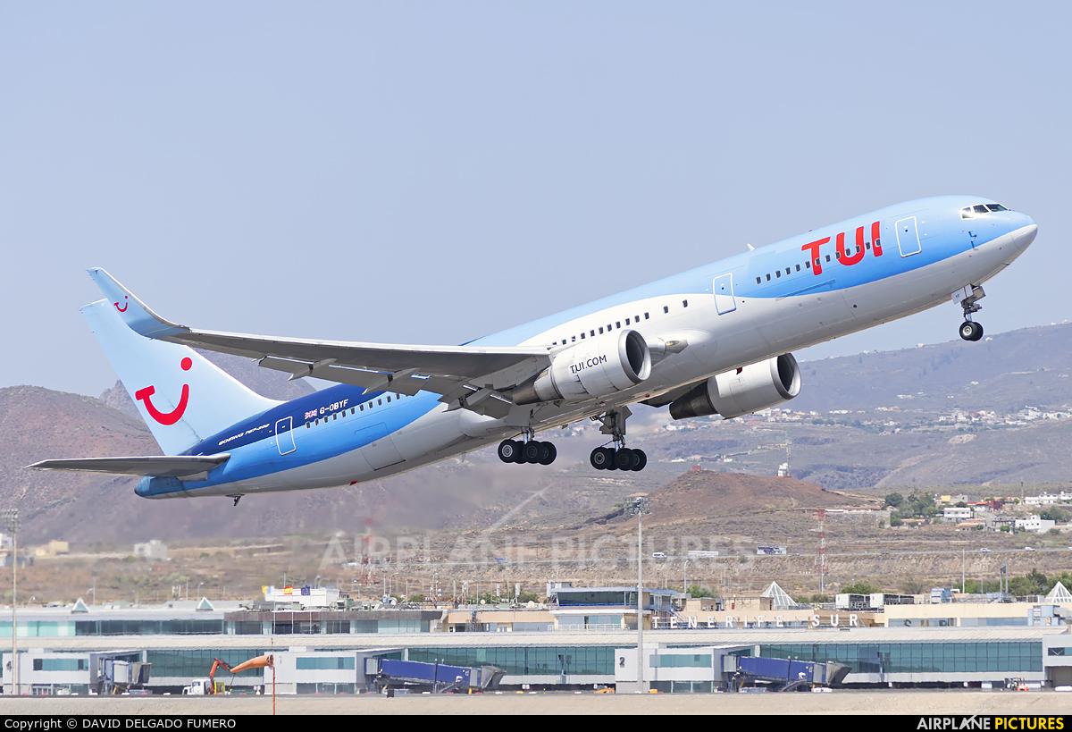 TUI Airways G-OBYF aircraft at Tenerife Sur - Reina Sofia
