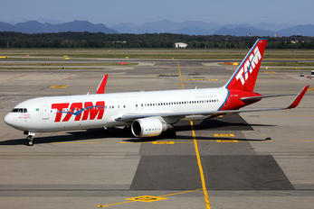PT-MOF - TAM Boeing 767-300ER
