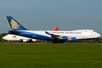 9V-SFH - Singapore Airlines Cargo Boeing 747-400F, ERF