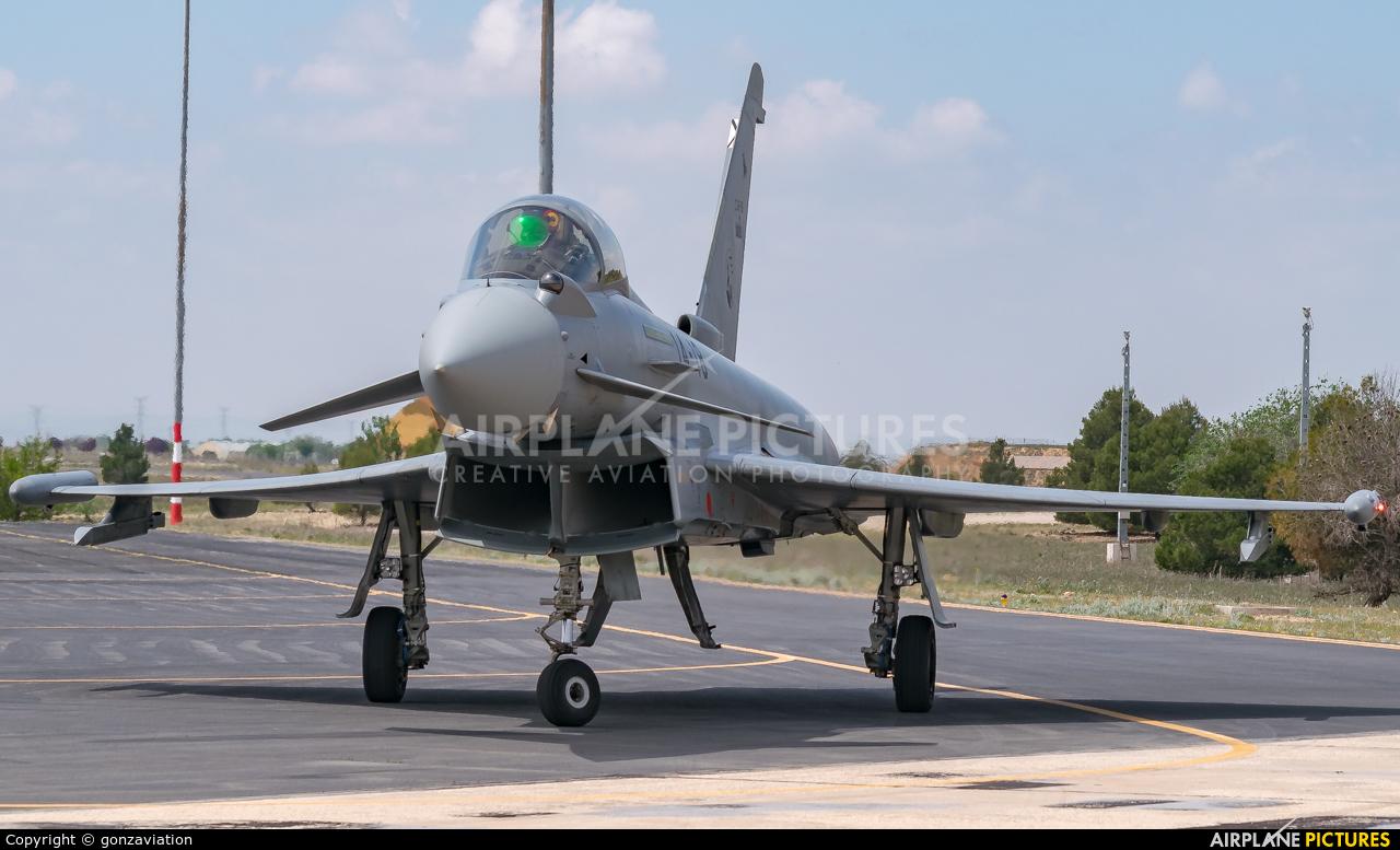 Spain - Air Force C.16-59 aircraft at Albacete