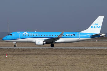 PH-EXN - KLM Cityhopper Embraer ERJ-175 (170-200)