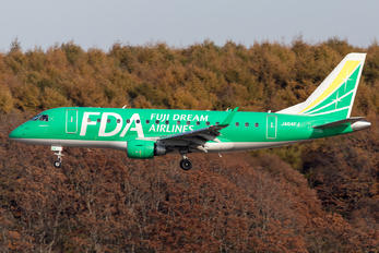 JA04FJ - Fuji Dream Airlines Embraer ERJ-170 (170-100)