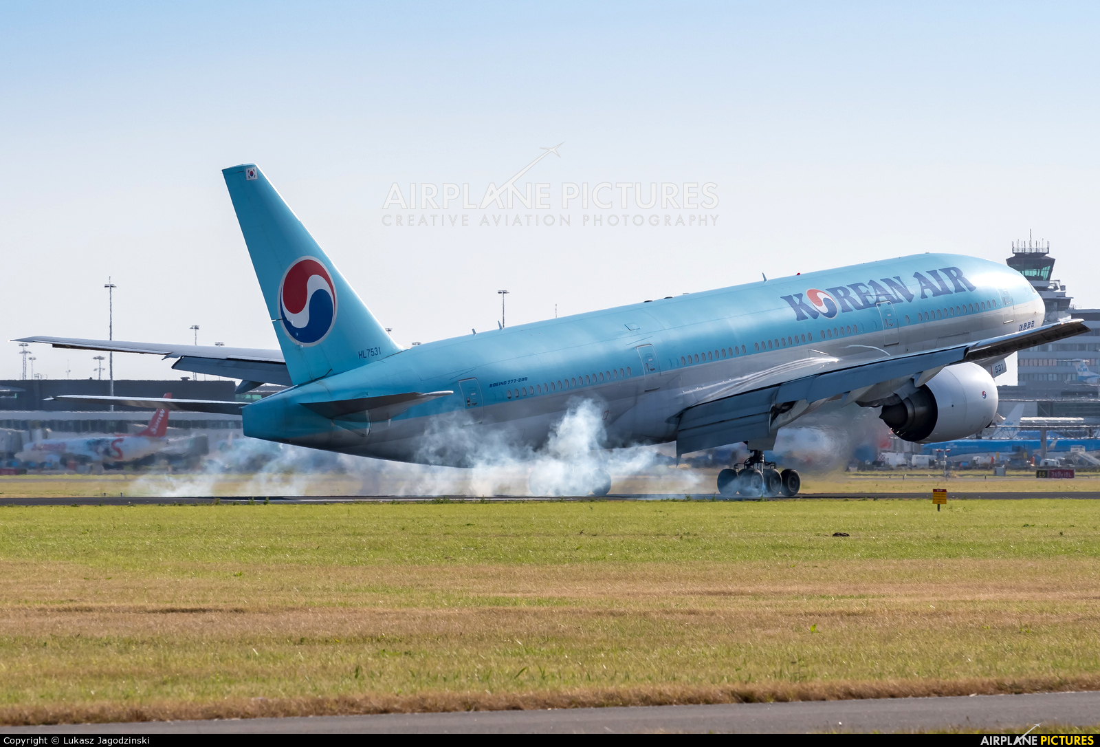 Korean Air HL7531 aircraft at Amsterdam - Schiphol