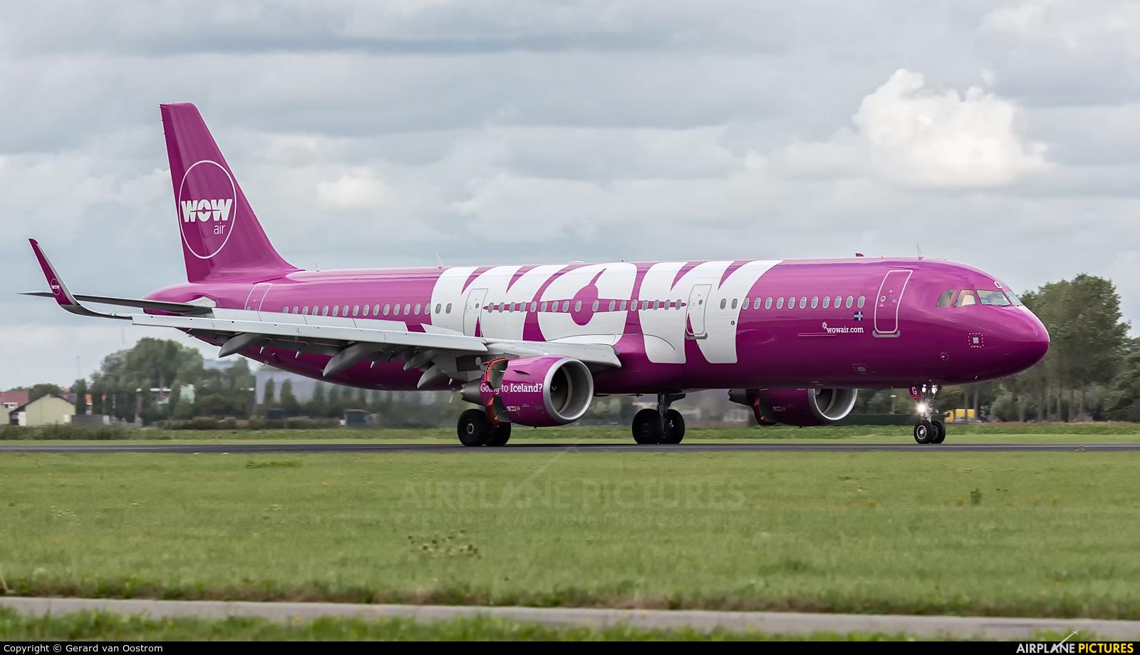 WOW Air TF-DOG aircraft at Amsterdam - Schiphol