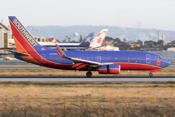 N266WN - Southwest Airlines Boeing 737-700
