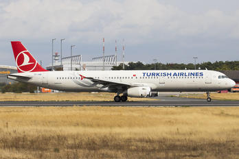 TC-JSB - Turkish Airlines Airbus A321