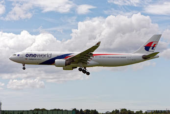 9M-MTE - Malaysia Airlines Airbus A330-300