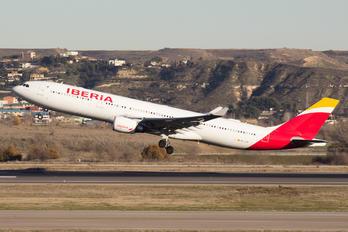 EC-LUX - Iberia Airbus A330-300