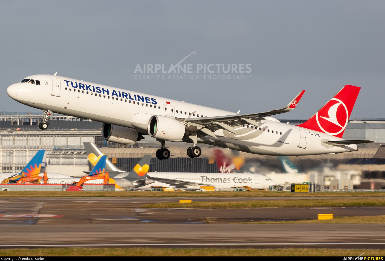 Turkish Airlines TC-LSC aircraft at Manchester