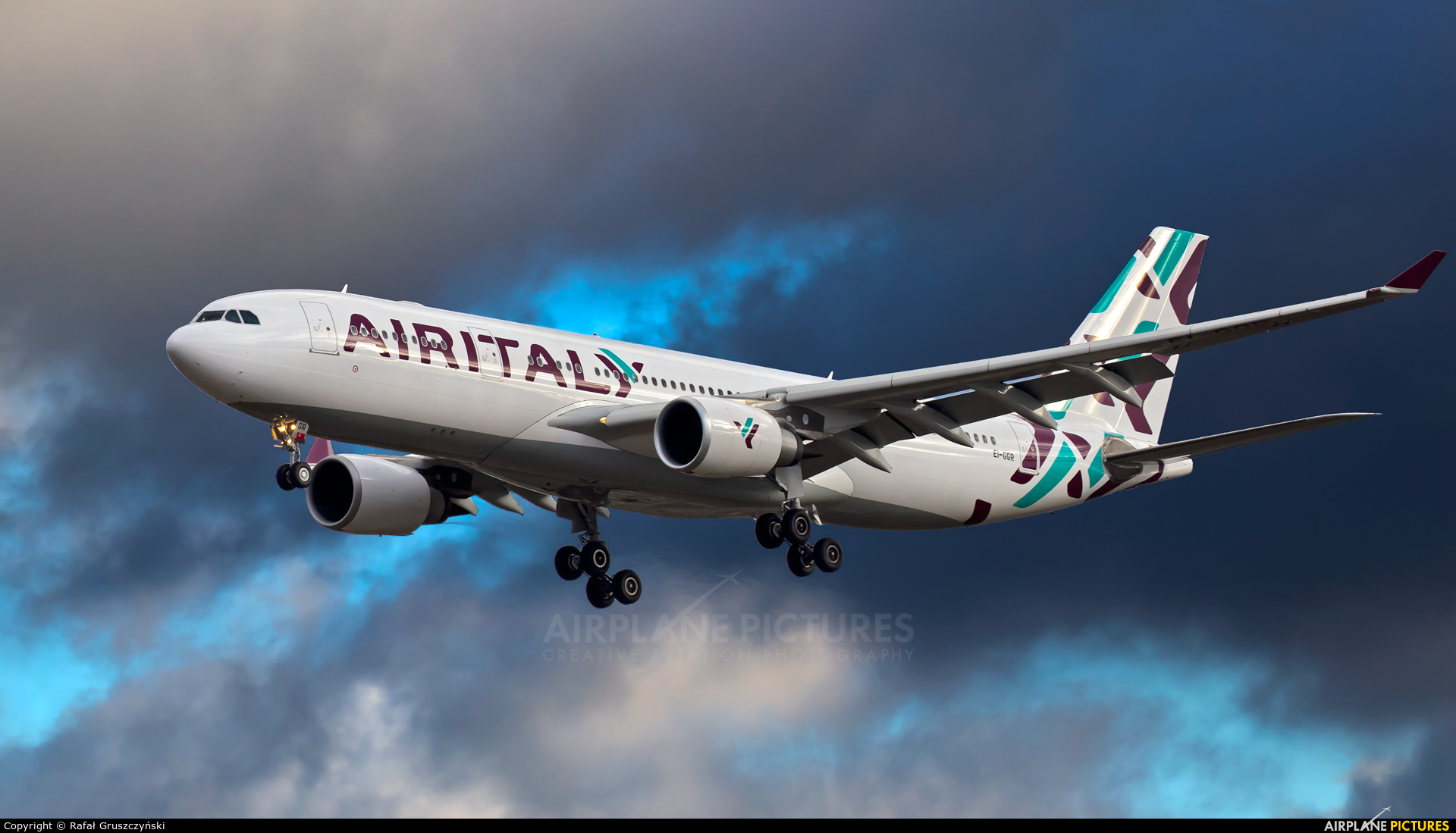Air Italy EI-GGR aircraft at Warsaw - Frederic Chopin