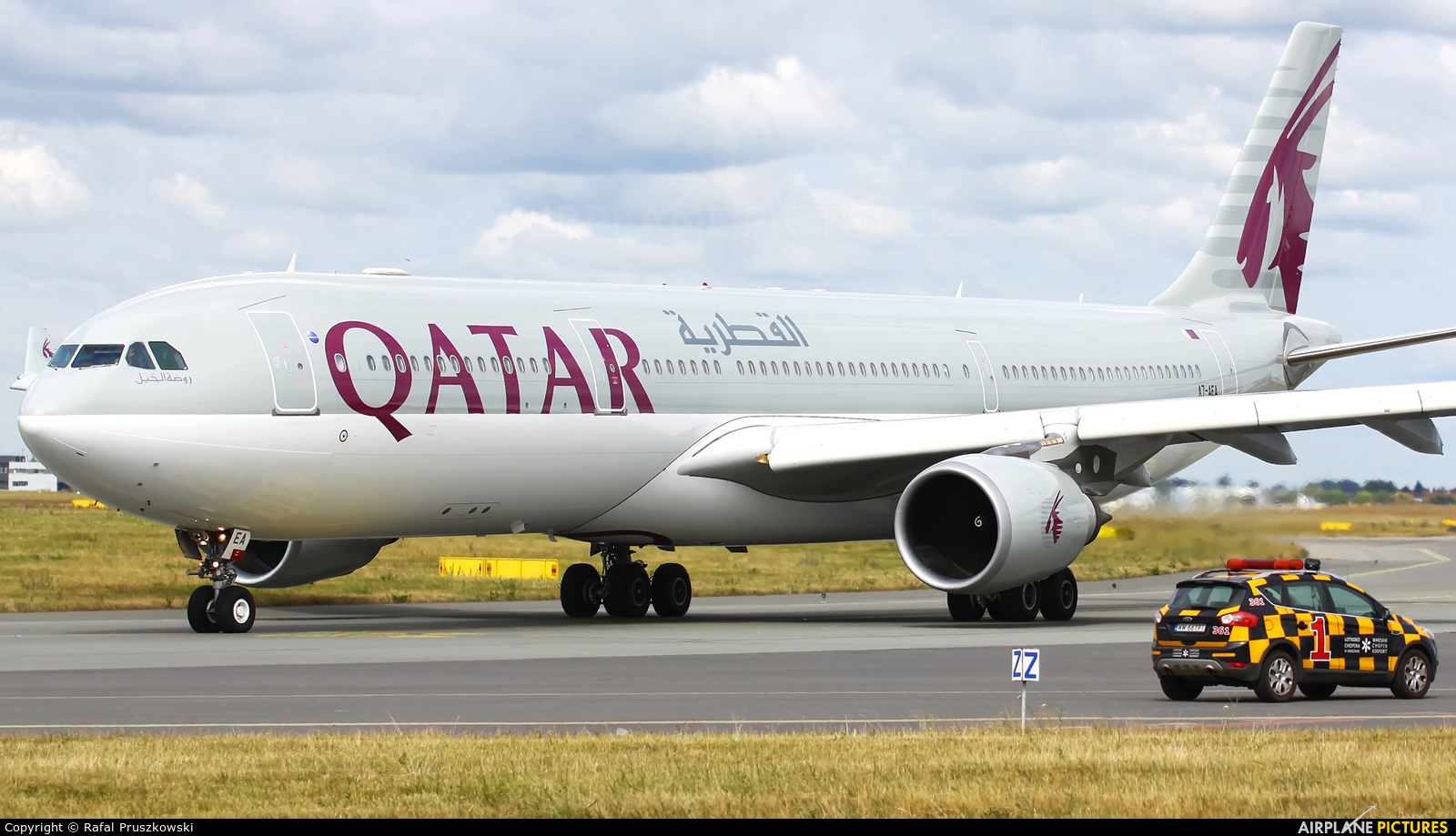 Qatar Airways A7-AEA aircraft at Warsaw - Frederic Chopin