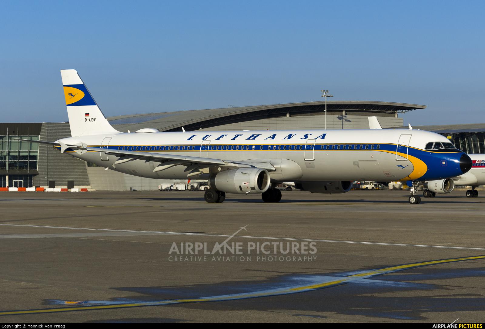 Lufthansa D-AIDV aircraft at Brussels - Zaventem
