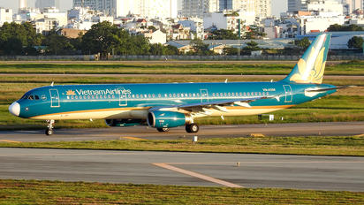 VN-A358 - Vietnam Airlines Airbus A321