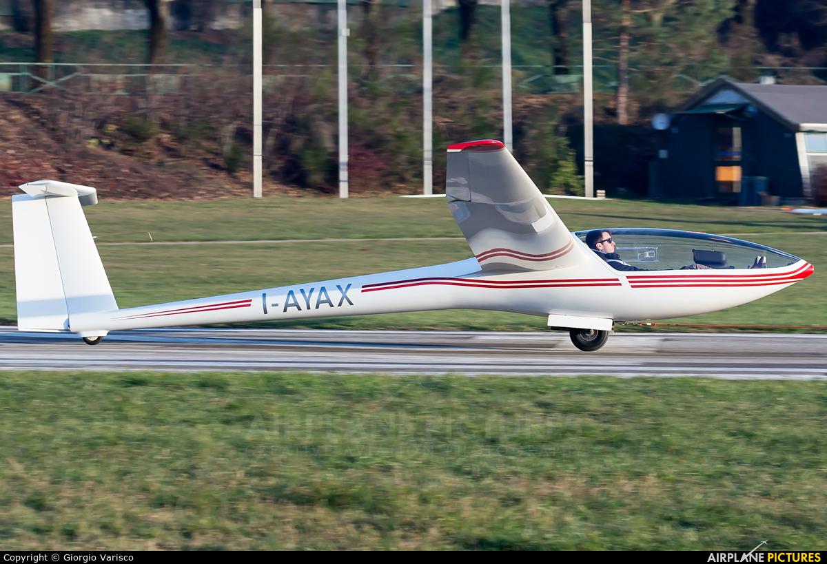 Private I-AYAX aircraft at Alzate Brianza