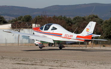 EC-LAN - Private Tecnam P2002