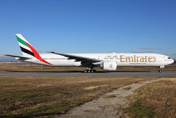 A6-EGG - Emirates Airlines Boeing 777-300ER