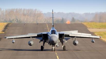 ZD716 - Royal Air Force Panavia Tornado GR.4 / 4A