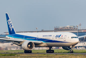 JA779A - ANA - All Nippon Airways Boeing 777-300ER