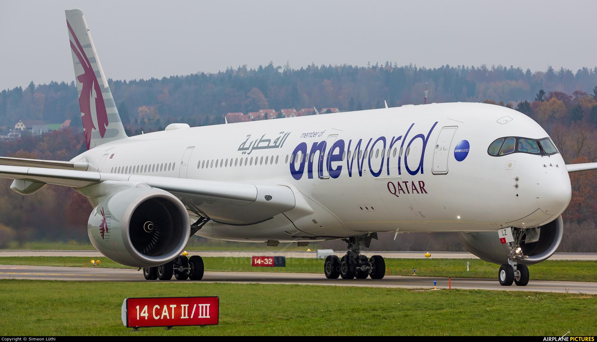 Qatar Airways A7-ALZ aircraft at Zurich