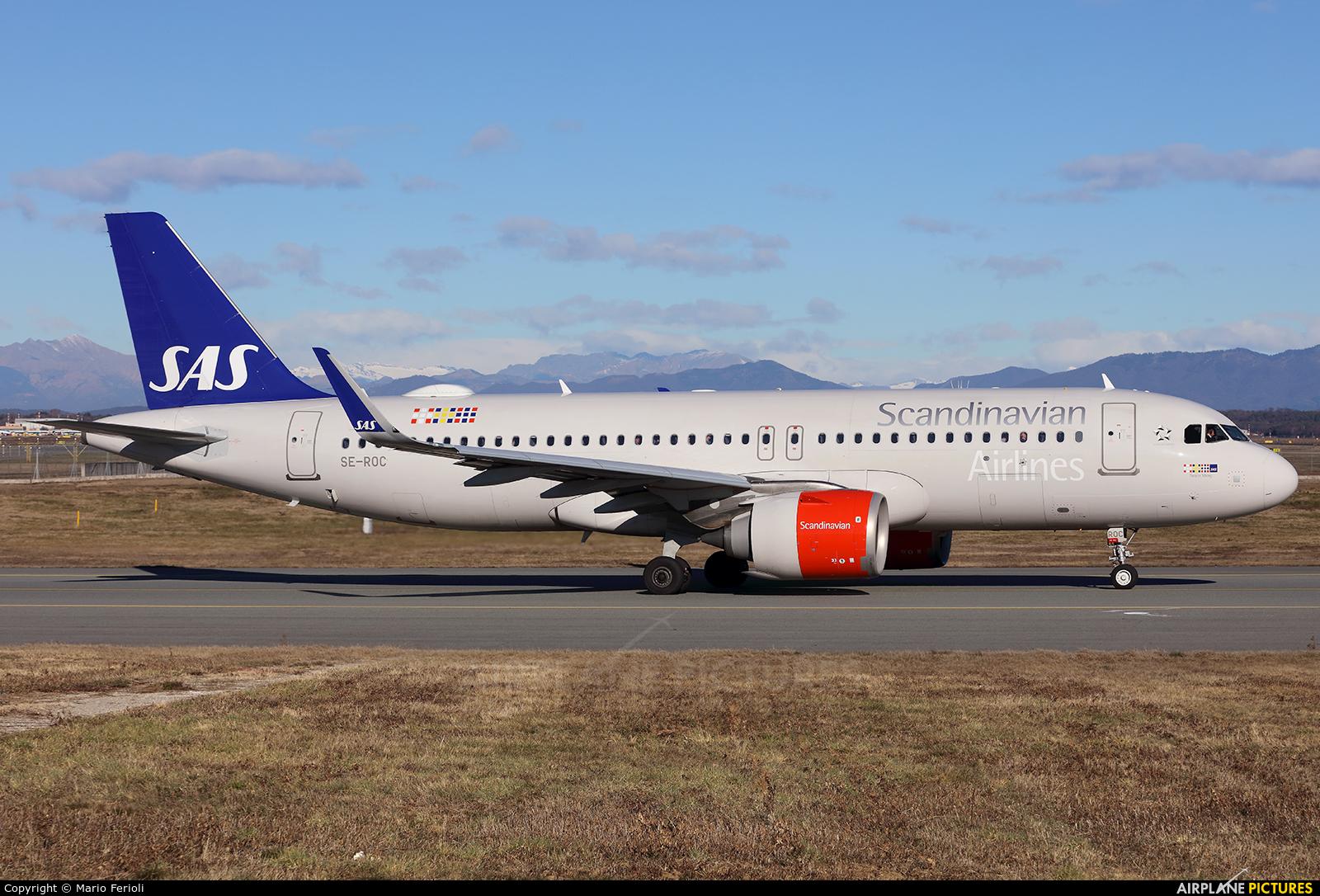 SAS - Scandinavian Airlines SE-ROC aircraft at Milan - Malpensa