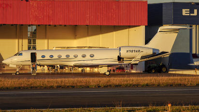 N989AR - Private Gulfstream Aerospace G-V, G-V-SP, G500, G550