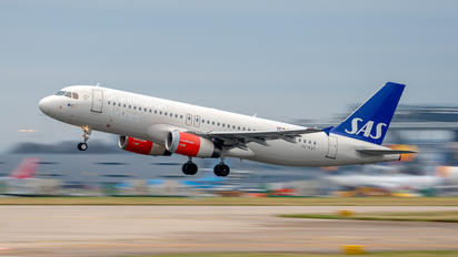 OY-KAT - SAS - Scandinavian Airlines Airbus A320