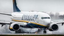 Ryanair EI-FOW image
